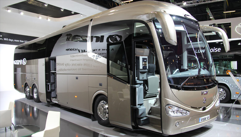 Trans 39 bus dossier busworld 2015 irizar for Ouibus interieur