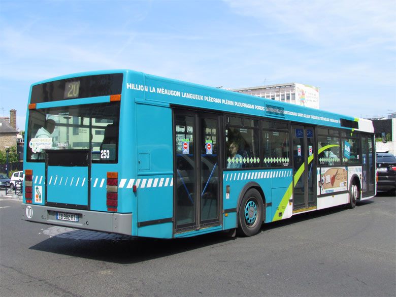 trans 39 bus phototh que autobus vanhool a 300 saint brieuc. Black Bedroom Furniture Sets. Home Design Ideas