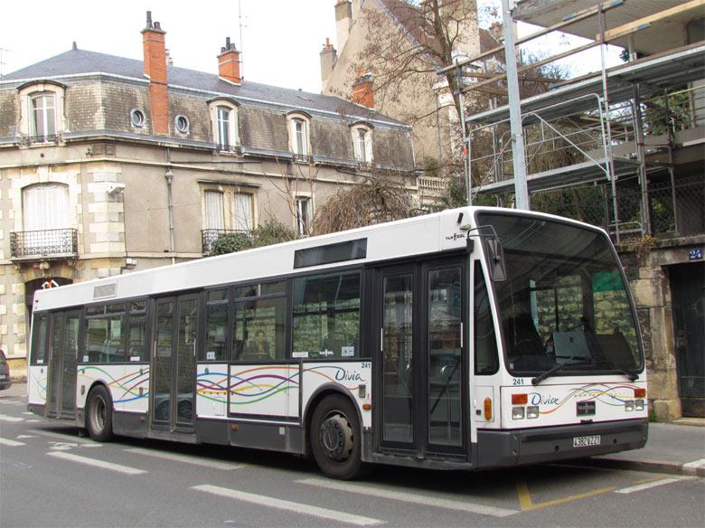 trans 39 bus phototh que autobus van hool a 330 divia dijon. Black Bedroom Furniture Sets. Home Design Ideas