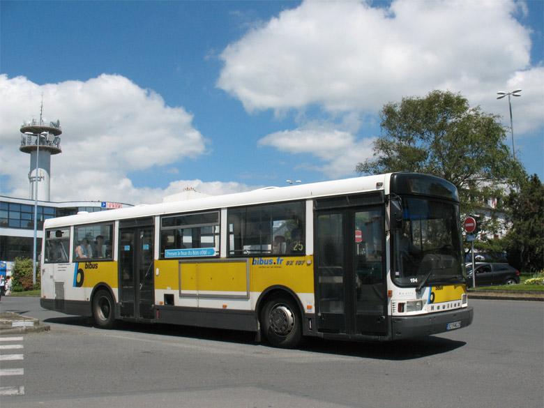 trans 39 bus phototh que autobus heuliez gx 107 bibus brest. Black Bedroom Furniture Sets. Home Design Ideas