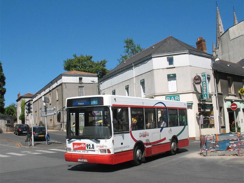 trans phototh 232 que autobus heuliez gx hh 7 cholet cholet