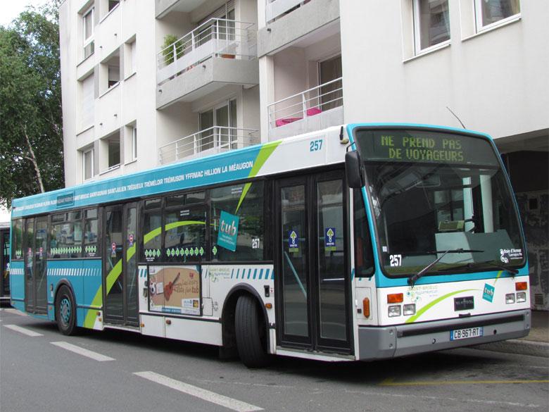 trans 39 bus phototh que autobus vanhool a 330 saint brieuc. Black Bedroom Furniture Sets. Home Design Ideas