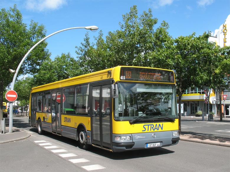 trans 39 bus phototh que autobus irisbus agora s stran. Black Bedroom Furniture Sets. Home Design Ideas