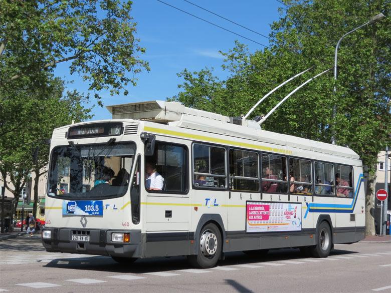 Trans 39 bus phototh que autobus renault er 100 tcl - Ligne bus limoges ...