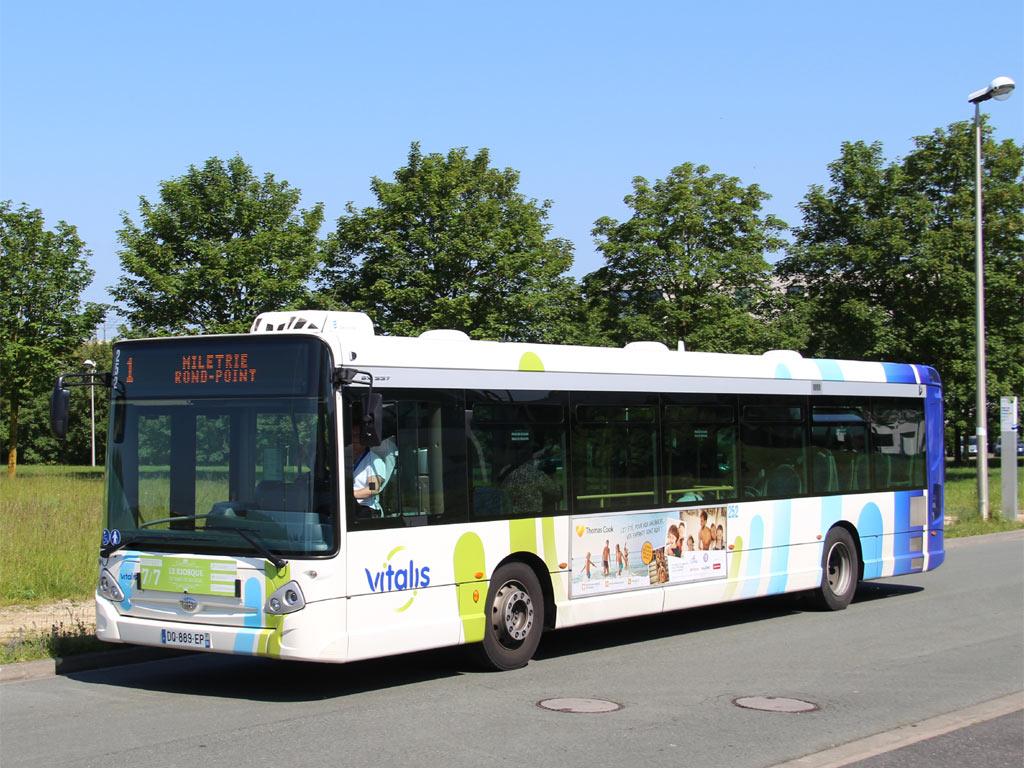 trans 39 bus phototh que autobus heuliez gx 337 vitalis poitiers. Black Bedroom Furniture Sets. Home Design Ideas