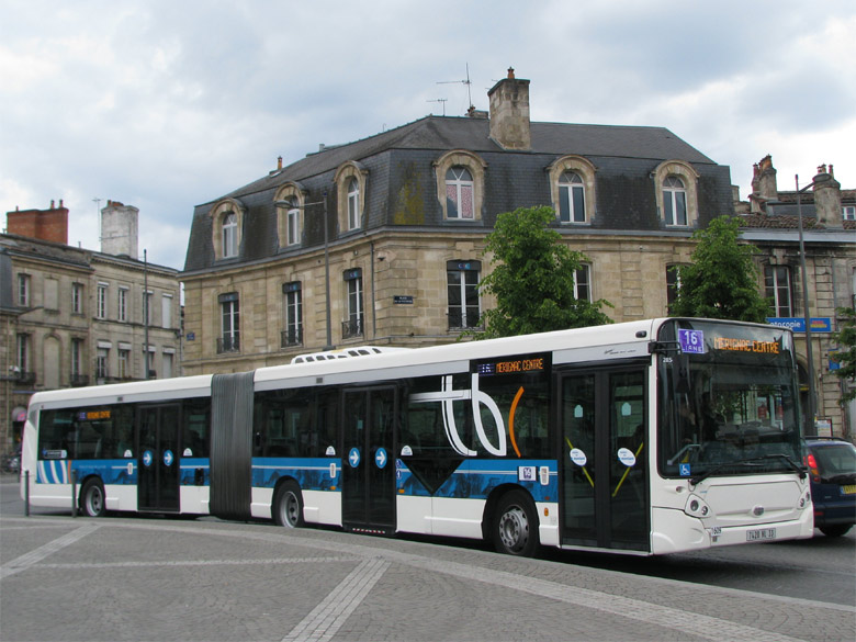 heuliez gx 427 tbc bordeaux autobus articul gx 427. Black Bedroom Furniture Sets. Home Design Ideas