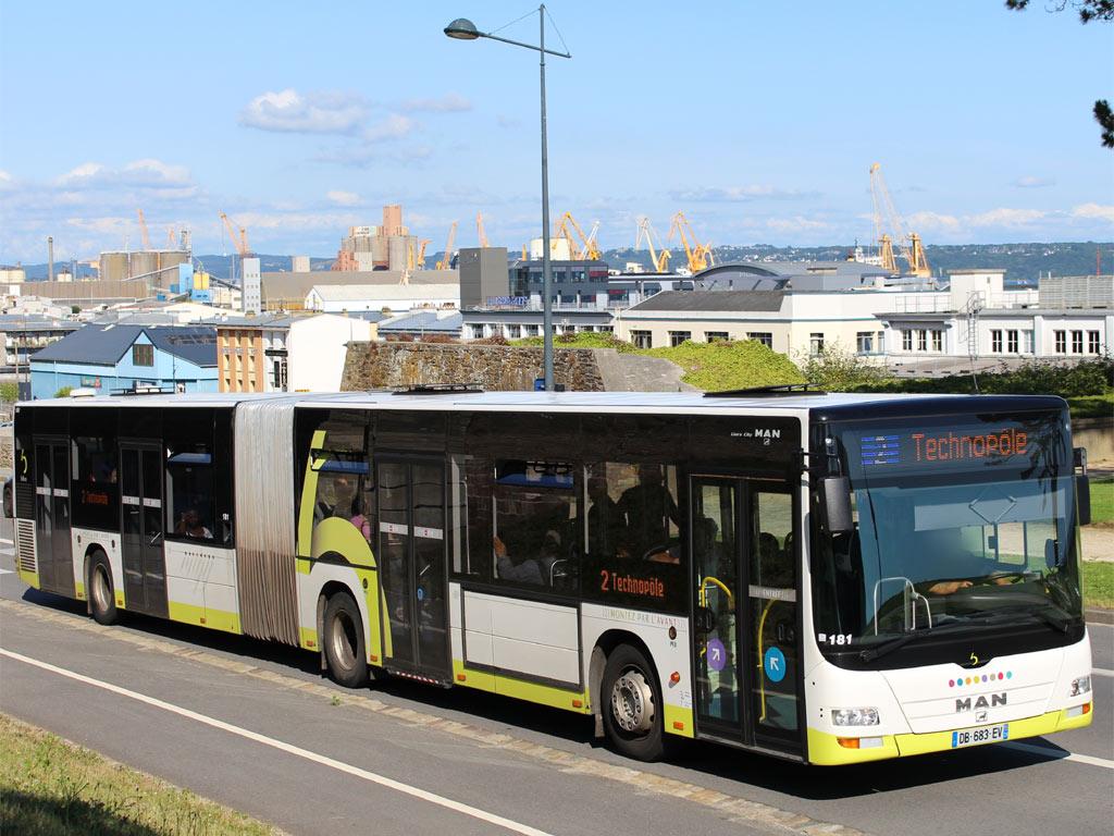 ligne de bus brest bus car connexion transports territoires brest m tropole teste le bluebus de. Black Bedroom Furniture Sets. Home Design Ideas